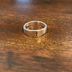 James Avery Small Crosslet Ring 5.5